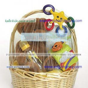 تغليف علب هدايا بخامات السلوفان المطبوع
